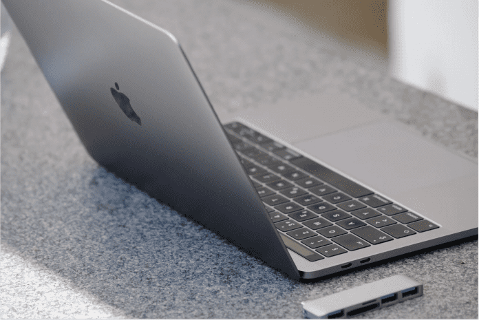 Intel versucht das MacBook Pro mit M1-Chip mit ausgewählten Benchmarks auszustechen