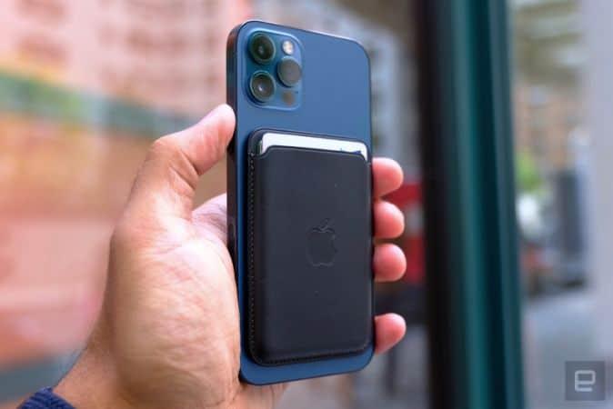 iPhone könnte MagSafe Akkupack erhalten